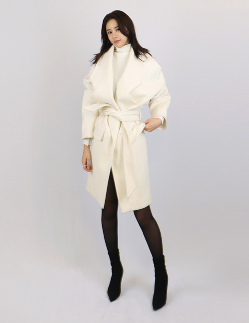 B. WOOLGOWN COAT_WHITE