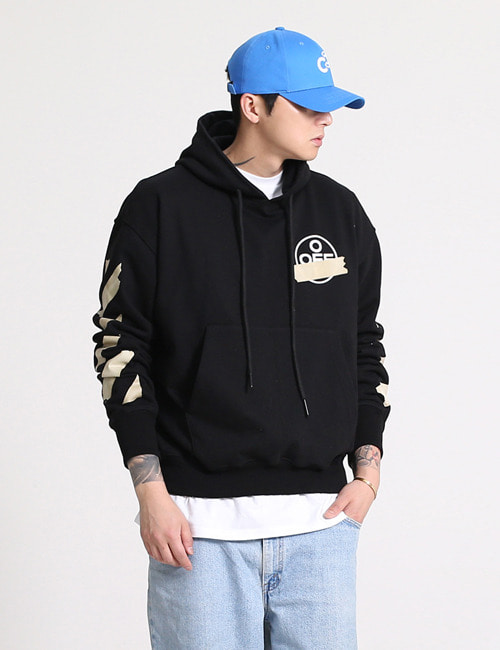 O. TAPE ARROWS HOODIE SWEATSHIRTS_BLACK_M